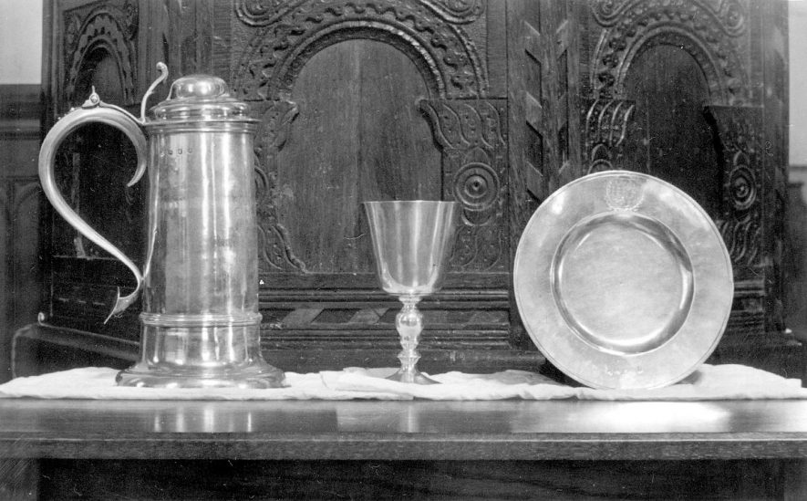 Grendon parish church plate.  1900s |  IMAGE LOCATION: (Warwickshire County Record Office)