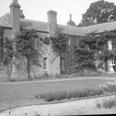 Harbury.  Harbury Hall