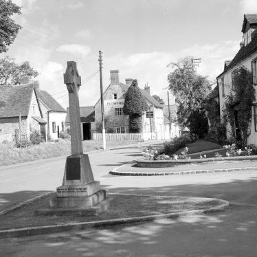 Harbury.  War memorial and Crown Inn