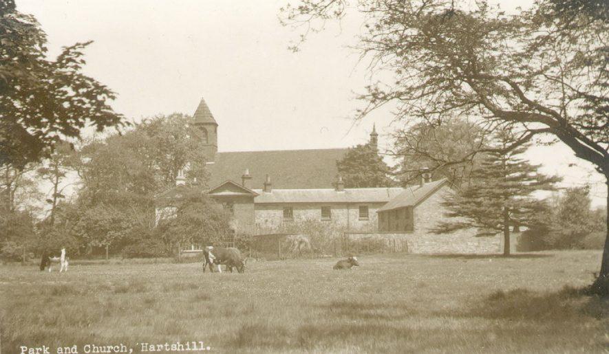Holy Trinity Church and adjacent farm, Hartshill.  1930s |  IMAGE LOCATION: (Warwickshire County Record Office)