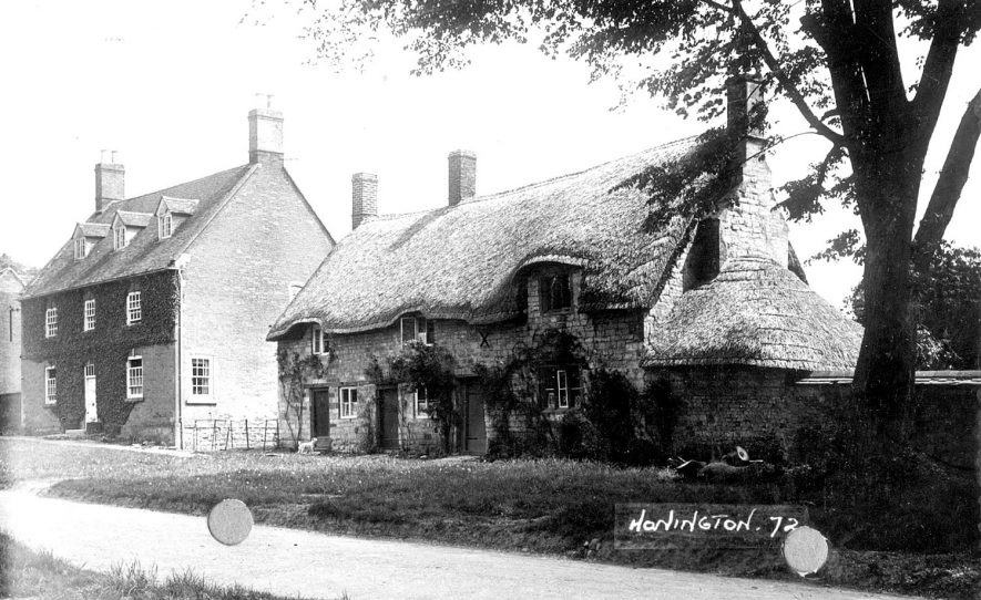 Cottages in the village street, Honington.  1920s |  IMAGE LOCATION: (Warwickshire County Record Office)