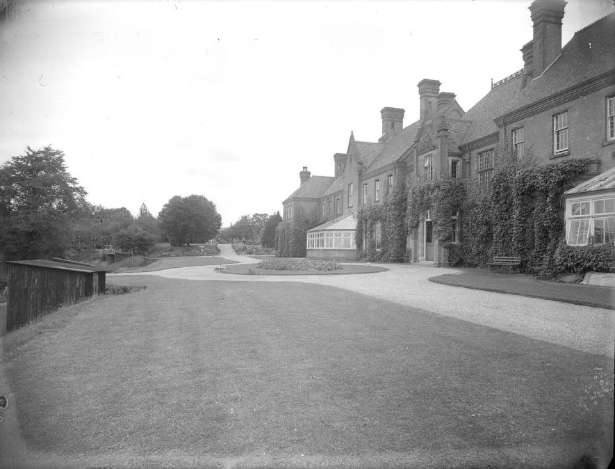 Hatton Central Hospital Exterior of buildings. 1953[This photograph is of Leigh House which was used for adult psychiatric admissions with an ECT suite upstairs. The male ward to the left was named Thomas Arnold and the female ward to the right was named Jane Austin. All wards were named after famous people and important people from the area. The road to the tower was the main entrance which held administation and function rooms.]    IMAGE LOCATION: (Warwickshire County Record Office)