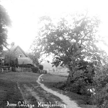 Hampton Lucy.  Avon Ford Cottage