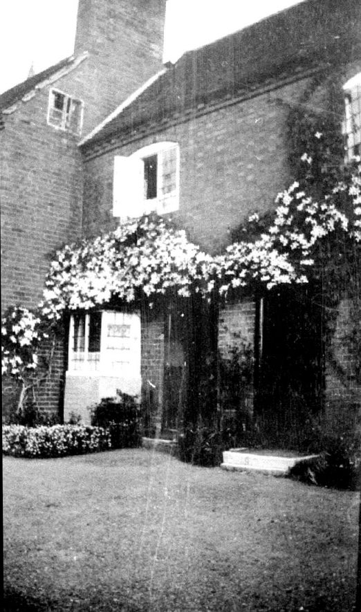 44, Church Street, Hampton Lucy.  1938 |  IMAGE LOCATION: (Warwickshire County Record Office)