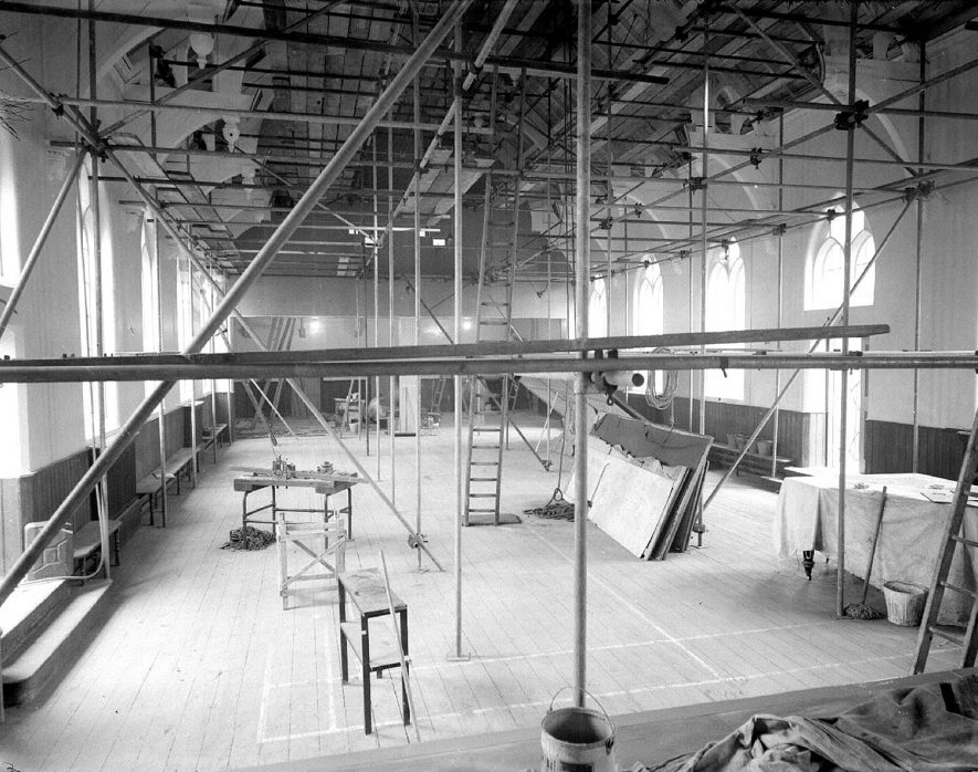 The recreation room with scaffolding, Central Hospital, Hatton.  1953 |  IMAGE LOCATION: (Warwickshire County Record Office)