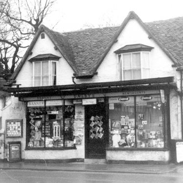 Henley in Arden.  Dalbys Shop, 86 High Street