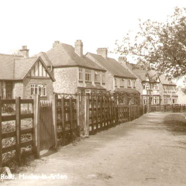 Henley in Arden.  Station Road