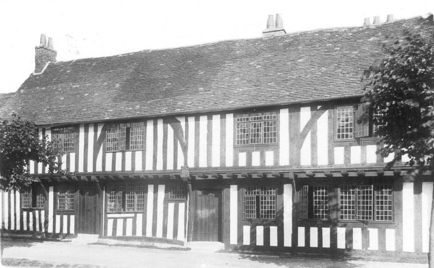 77 High Street, St Loes, Henley in Arden.  1910s |  IMAGE LOCATION: (Warwickshire County Record Office)