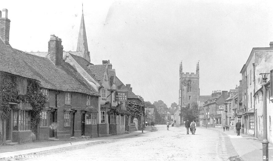 High Street, Henley in Arden.  1910s |  IMAGE LOCATION: (Warwickshire County Record Office)