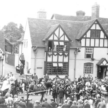 Henley in Arden.  May Day procession