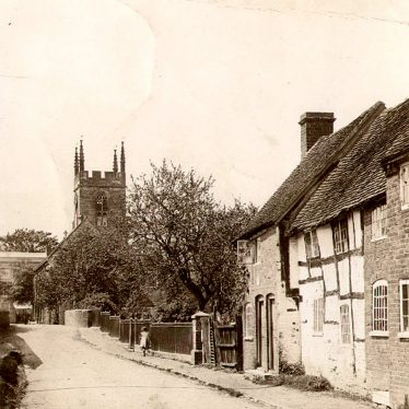 Henley in Arden. Cottages and Church