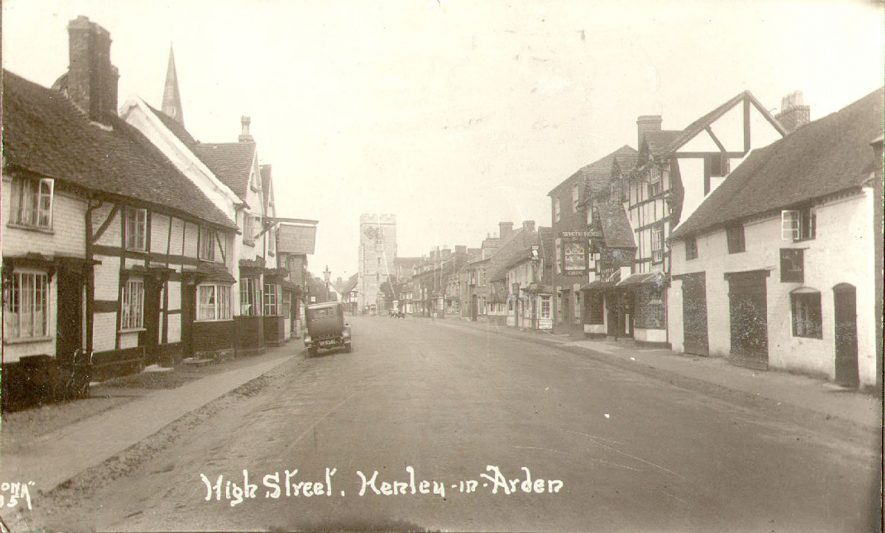 High Street, Henley in Arden.  1920 |  IMAGE LOCATION: (Warwickshire County Record Office)
