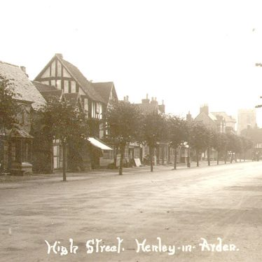 Henley in Arden.  High Street