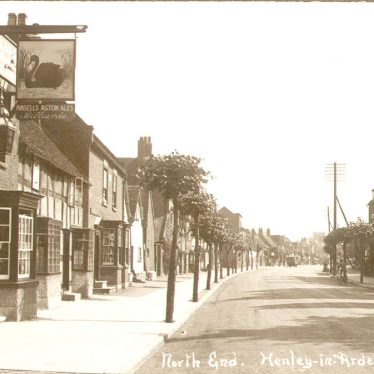 Henley in Arden. North End