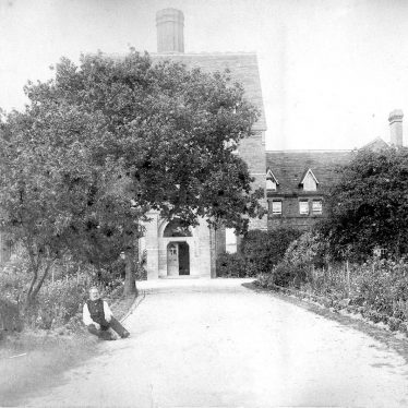 Hatton.  Asylum branch building entrance
