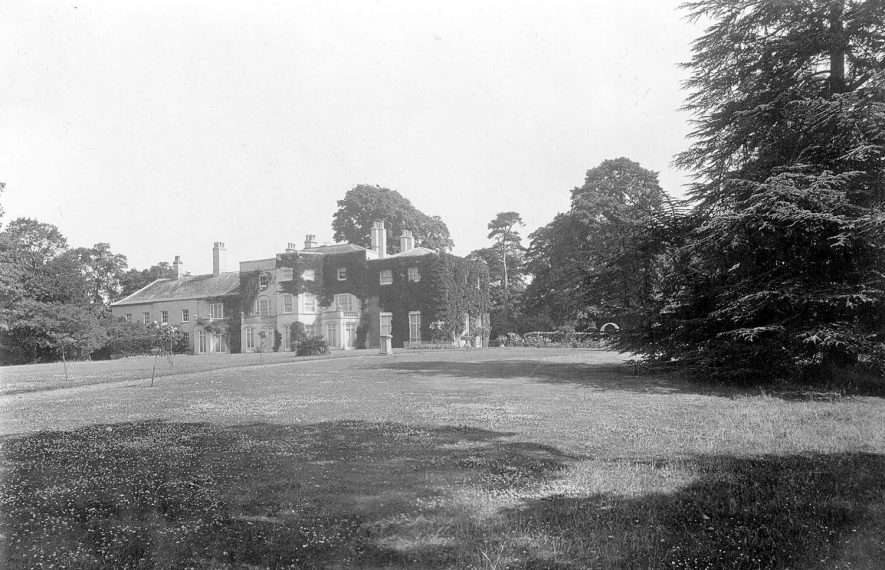 Idlicote House.  1920s |  IMAGE LOCATION: (Warwickshire County Record Office)