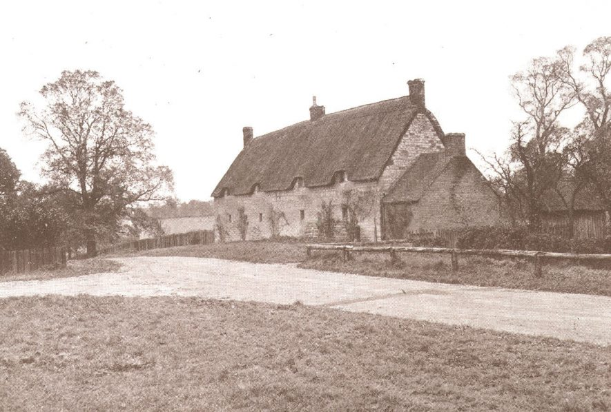 Peach cottages, Idlicote.  1942 |  IMAGE LOCATION: (Warwickshire County Record Office)