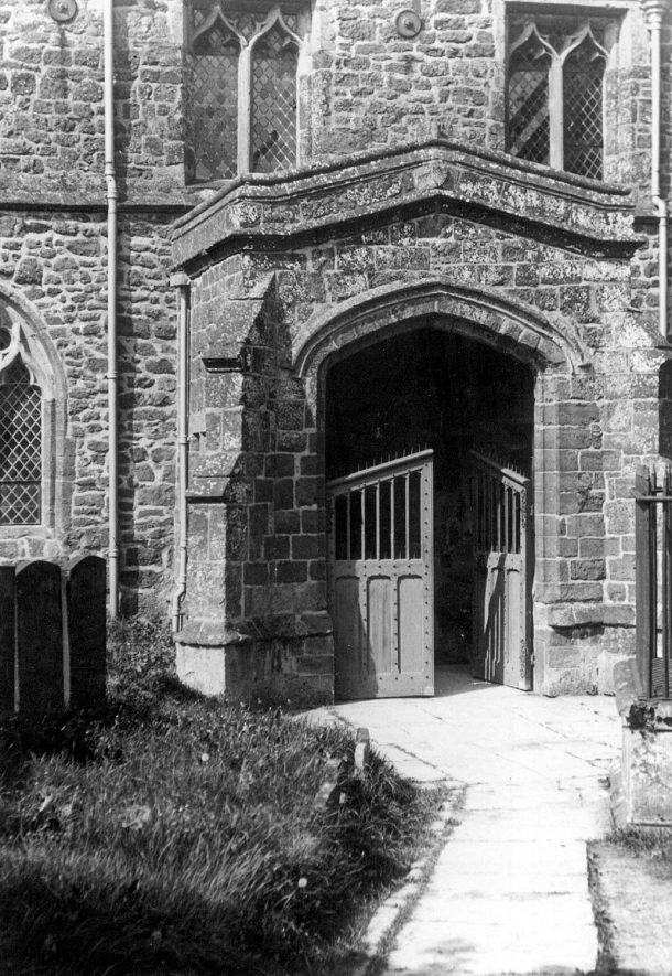 South entrance to St Mary's church, Ilmington.  1950s |  IMAGE LOCATION: (Warwickshire County Record Office)