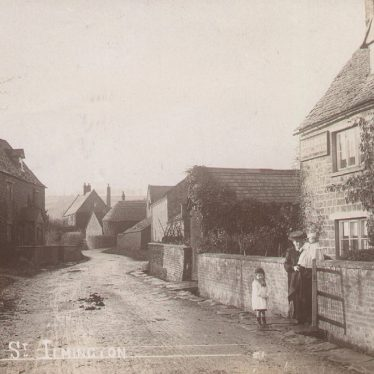 Ilmington.  Middle Street