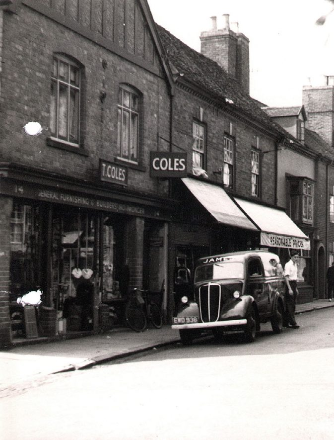 Coles Shop, the Ironmonger, New Street, Kenilworth.  1949 |  IMAGE LOCATION: (Warwickshire County Record Office)
