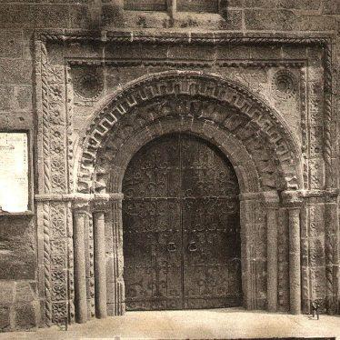 Kenilworth.  North Transept Door of Abbey
