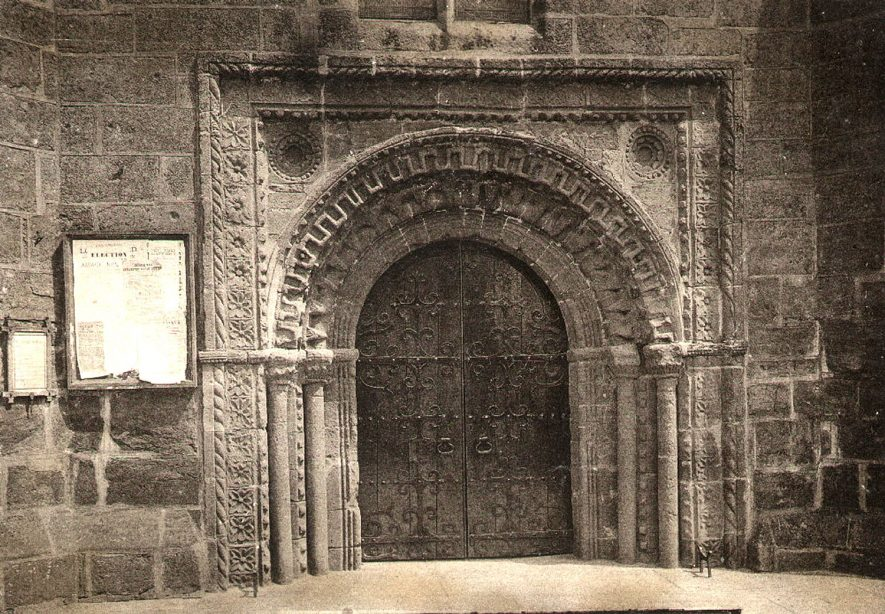 The north transept door of the Abbey, now the west door of St Nicholas church, Kenilworth.  1891 |  IMAGE LOCATION: (Warwickshire County Record Office)