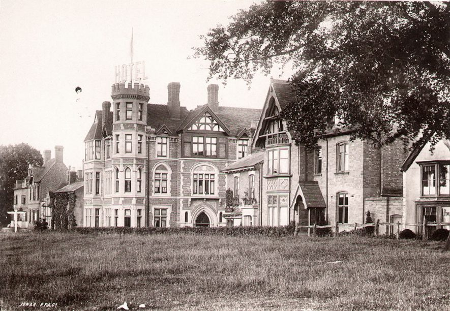Abbey Hill and Abbey Hotel, Kenilworth.  1892 |  IMAGE LOCATION: (Warwickshire County Record Office)