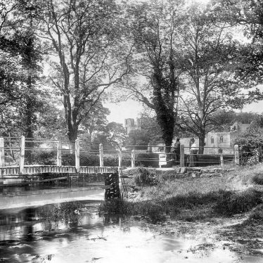 Kenilworth.  Castle, ford and bridge