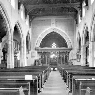 Kenilworth.  St Nicholas' Church interior