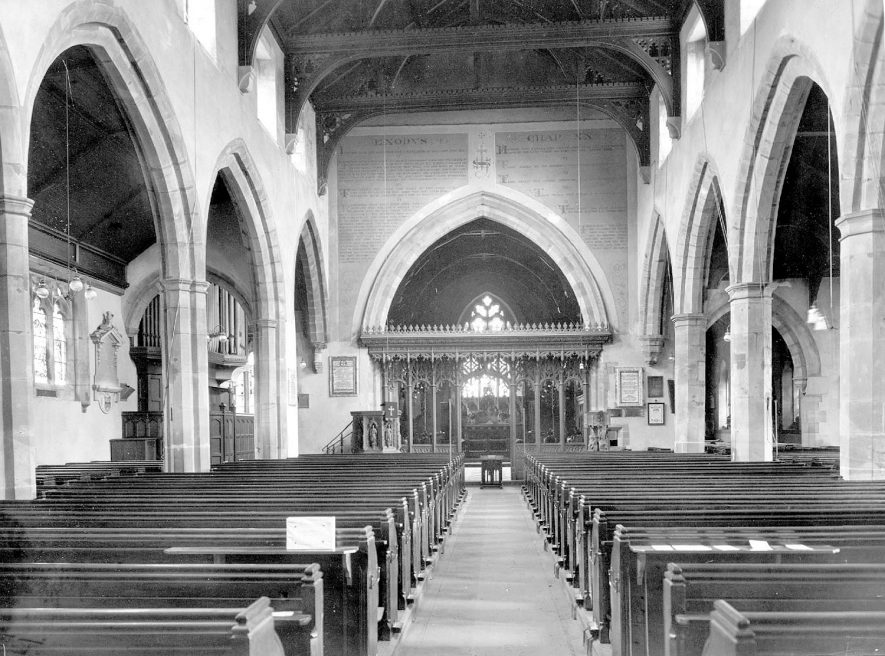 St Nicholas'Church nave & chancel, looking east, Kenilworth.  1923 |  IMAGE LOCATION: (Warwickshire County Record Office)