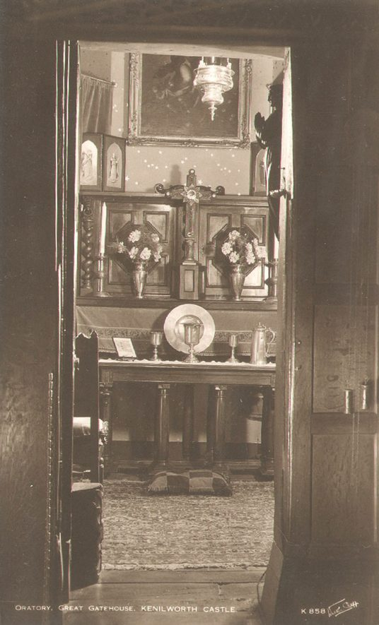 The Oratory in the Great Gatehouse at Kenilworth Castle.  1930s |  IMAGE LOCATION: (Warwickshire County Record Office)