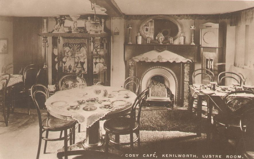 The interior of The Lustre Room at The Cosy Cafe, Castle Green, Kenilworth.  1910s |  IMAGE LOCATION: (Warwickshire County Record Office)