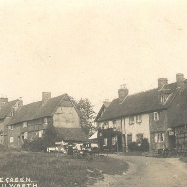 Kenilworth.  Castle Green