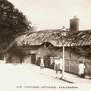 Kenilworth.  Old thatched cottages