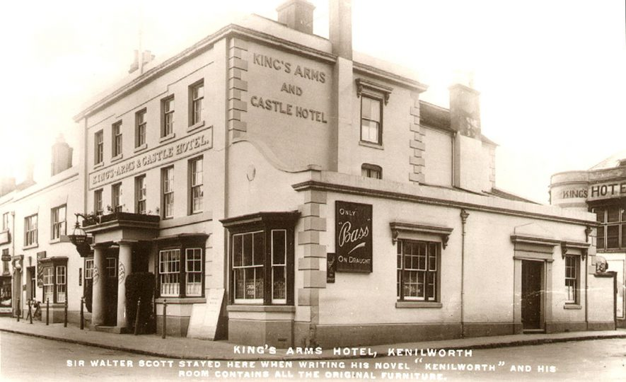 Exterior of The King's Arms and Castle Hotel, Warwick Road, Kenilworth.  1910s