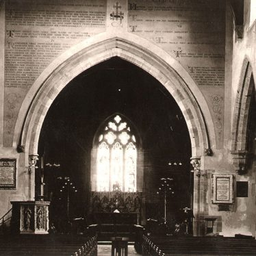 Kenilworth.  St Nicholas Church, interior