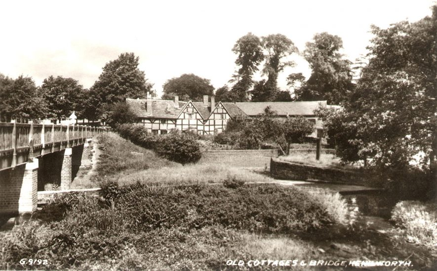 Old timbered cottages and bridge, Bridge Street, Kenilworth.  1950s |  IMAGE LOCATION: (Warwickshire County Record Office)