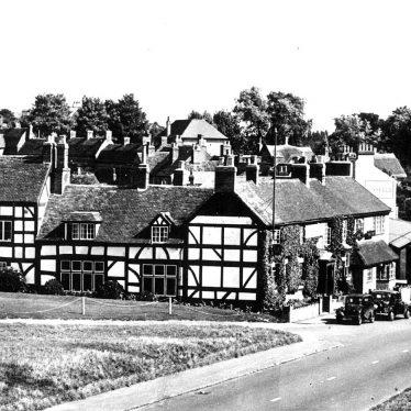 Kenilworth.  Queen & Castle Hotel
