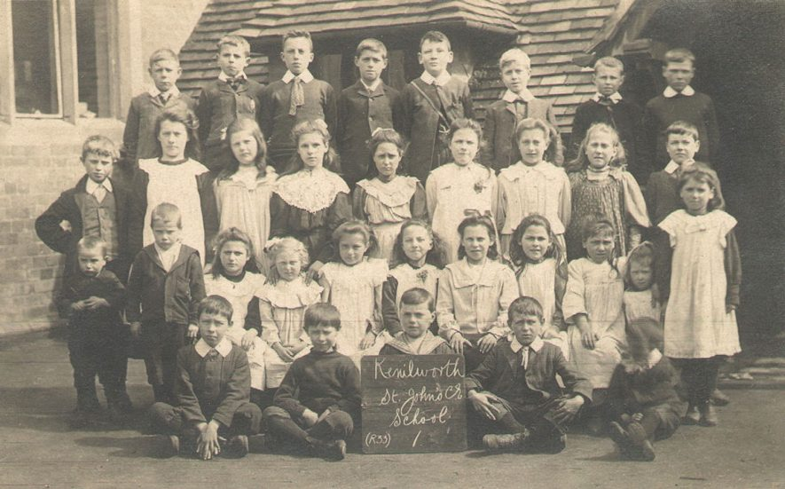 St John's C of E School group photograph, Kenilworth.  1890s |  IMAGE LOCATION: (Warwickshire County Record Office)