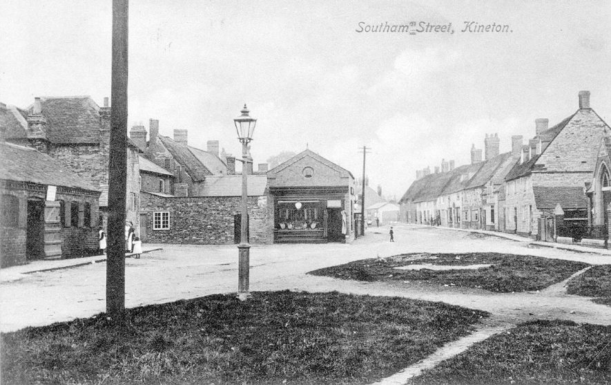 Southam Street, Kineton, showing shop and cottages.  1910s |  IMAGE LOCATION: (Warwickshire County Record Office)