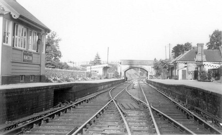 Kineton Railway Station.  1950s    IMAGE LOCATION: (Warwickshire County Record Office)