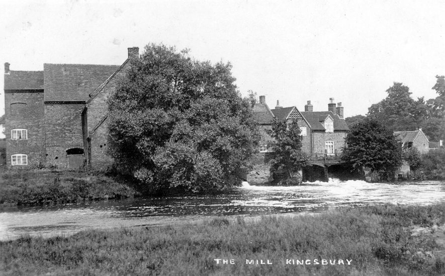 The mill and River Tame, Kingsbury.  1910s |  IMAGE LOCATION: (Warwickshire County Record Office)