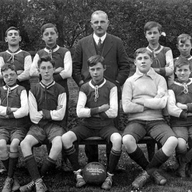 Dunchurch.  Endowed School Football Team
