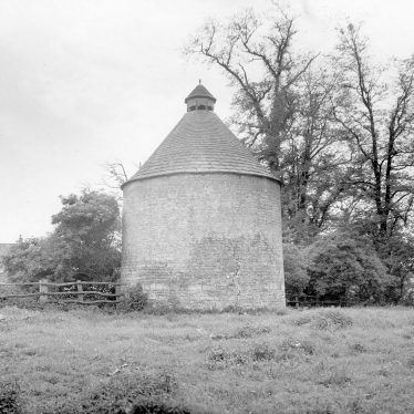 Kinwarton.  Dovecote from the rear