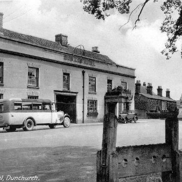 Dunchurch.  Dun Cow Hotel