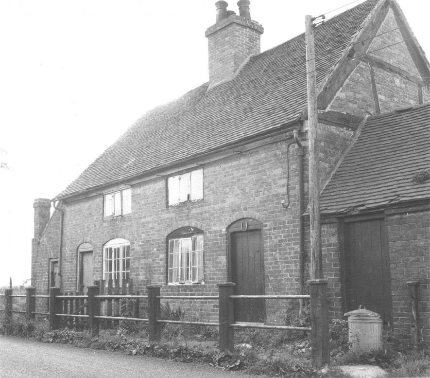 Haunch Cottage in Dunton Lane, Lea Marston.  1967 |  IMAGE LOCATION: (Warwickshire County Record Office)