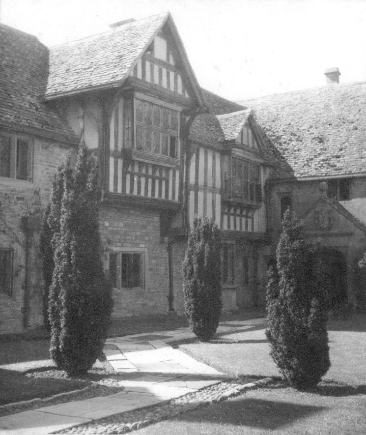 The Manor House, Little Wolford.  1947 |  IMAGE LOCATION: (Warwickshire County Record Office)