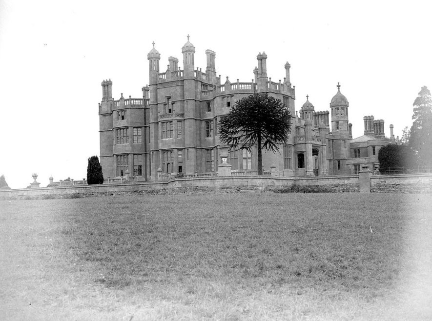 Weston Hall, Weston Park, Long Compton.  May 27th 1931 |  IMAGE LOCATION: (Warwickshire County Record Office)
