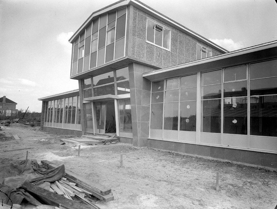 New library at Lillington under construction.  1940 |  IMAGE LOCATION: (Warwickshire County Record Office)