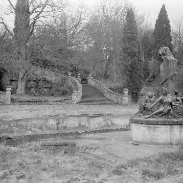 Moreton Paddox.  Garden